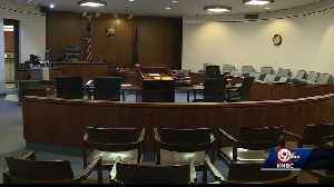 Glitch schedules hundreds for Johnson County traffic court on Wednesday [Video]