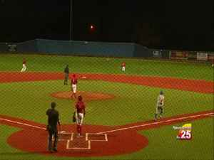 UHV baseball falls to St. Mary's [Video]