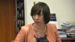 Baltimore mayor defends police recruiting efforts, says 2018's net drop in officer ranks marks improvement [Video]