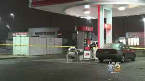 Police Search For Killer Who Targeted Teen At Gas Station In Southwest Philadelphia [Video]
