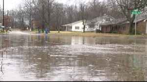 Heavy Rain Causes Mt. Carmel Streets to Flood for Hours [Video]