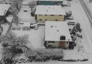 Drone Video Shows Snowy Seattle as Winter Storm Kicks Off [Video]