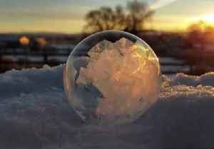 Soap Bubble Freezes Into Beautiful 'Ice Orb' in Nevada Back Yard [Video]