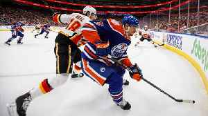 Calgary Flames  James Neal has teeth fly out of mouth after he s ... fe7462f4d