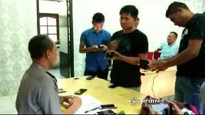 Indonesian police use snake in interrogation, apologise for unorthodox method [Video]