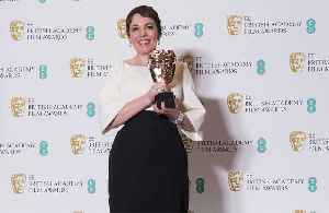 Olivia Colman dedicates award to co-stars [Video]