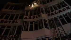 At least 9 dead as fire breaks out at Hotel Arpit in Delhi [Video]