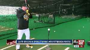 Garth Brooks is in Bradenton playing baseball with the Pittsburgh Pirates for spring training [Video]