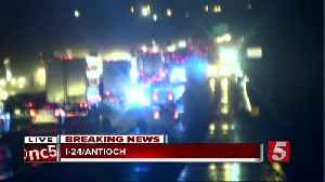 Driver hydroplanes on I-24, causes 7-vehicle crash [Video]