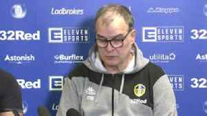 Bielsa: Banks is the glory of football [Video]