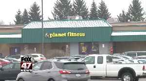 Woman robbed while working out at gym [Video]