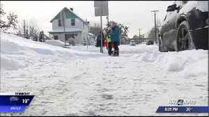 Several Spokane parents agree with 2-hour delay, rather than school closure for Monday [Video]