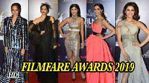 Check out Glamour girls line up at FILMFARE AWARDS 2019 [Video]