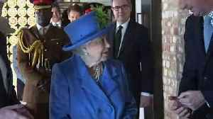 Queen Elizabeth II visits UK security headquarters [Video]