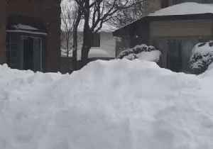Ottawa Winter Storm Results in Impressive Wall of Snow [Video]