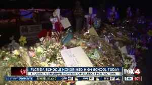 Lee County schools honor Parkland victims with moment of silence at 10:17 a.m.P [Video]