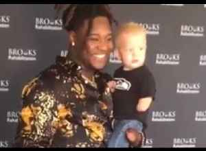 NFL Star Shaquem Griffin Shares Touching Moment in Florida With One-Handed Boy [Video]