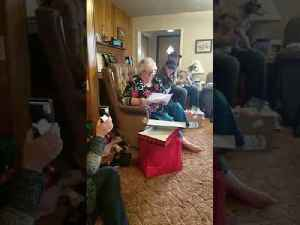 Elderly Mother Gets Surprise Tickets to See Favorite Singer Live [Video]