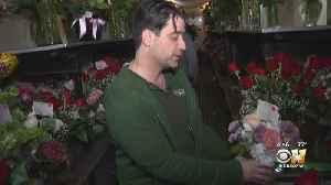 Inside A North Texas Florist Shop On Valentine's Day [Video]
