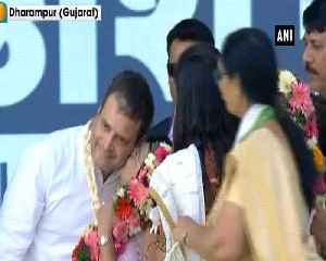 Woman kisses Rahul Gandhi on stage during rally in Gujarat Vaisad [Video]