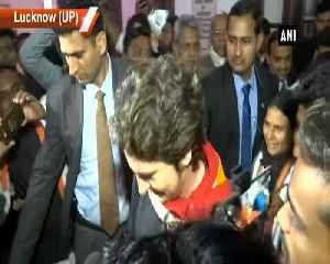 Priyanka Gandhi leaves party office in Lucknow after marathon meetings with workers [Video]