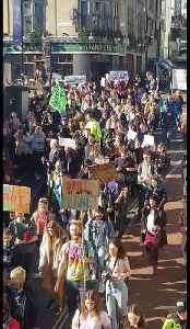 News video: Brighton school kids walk out of class in climate protest