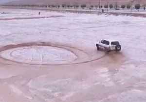 Heavy Falls of Hail in Saudi Arabia's Central Province [Video]
