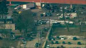 Gunman apprehended in Aurora, Illinois -officials [Video]