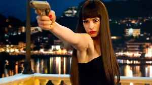 The Hustle with Anne Hathaway - Official Trailer [Video]