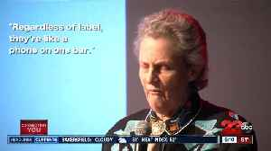 Temple Grandin visits Bakersfield College, shares knowledge on livestock and autism [Video]
