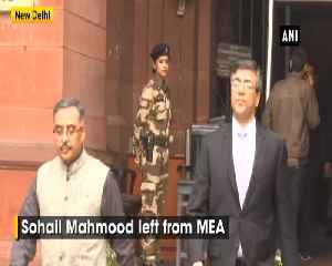 News video: Pakistan High Commissioner to India Sohail Mahmood leaves from MEA