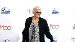 Dionne Warwick 2019 'Hollywood Beauty Awards' Red Carpet [Video]