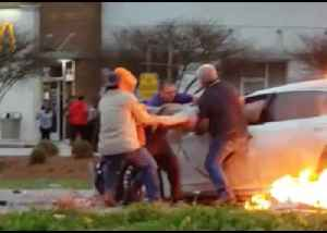 Bystanders Pull Woman Through Window of Burning Car in Garyville, Louisiana [Video]