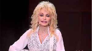 Dolly Parton Denies Reports That She's In A Lesbian Relationship [Video]