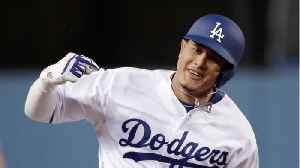 Manny Machado Signs With Padres For $300 Million [Video]