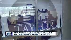 FBI agents raid Taylor City Hall in public corruption case, asking for public tips [Video]