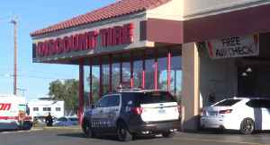 Latest: Discount Tire employees catch possible burglar at store [Video]