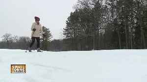 Small Towns: Hilly Haven Golf Course [Video]