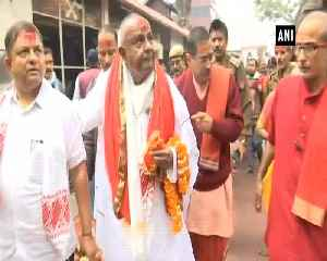 Former PM HD Deve Gowda offers prayers at Kamakhya Devi temple in Guwahati [Video]