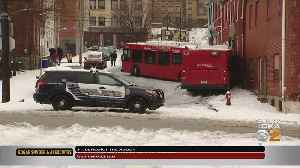 Port Authority Bus Slides On Ice, Crashes Into House Uptown [Video]
