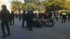 Separatists Block Roads and Railway Lines in Catalonia [Video]