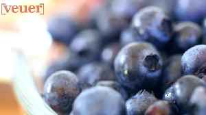 Blueberries Might Lower The Risk Of Heart Disease By 20%: Study [Video]