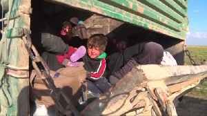 Civilians evacuated from last Islamic State pocket in Syria [Video]