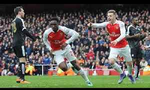 Danny Welbeck From Treatment Table To Hero! | Arsenal 2 Leicester City 1 [Video]