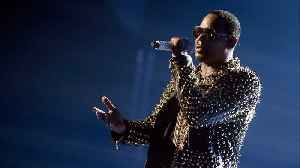 R. Kelly Charged With Multiple Counts Of Sexual Abuse [Video]