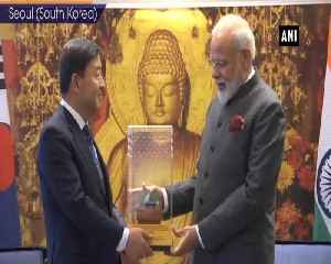Prime Minister Modi meets Mayor of Gimhae [Video]