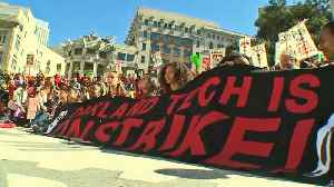 Thousands March on Day One of Oakland Teachers Strike [Video]