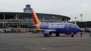 Southwest Airlines Is Having Major Mechanical And Baggage Problems [Video]