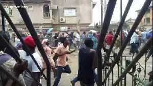 Gunfire, deaths as voters run from outbreak of election violence in Nigeria [Video]