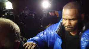 R. Kelly Leaves His Chicago Studio, Expected To Turn Himself In To Police [Video]